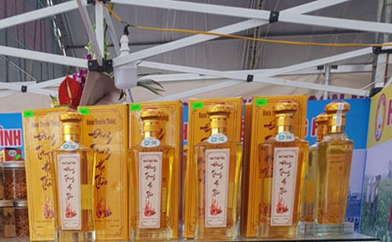 Rượu Đông Trùng Hạ Thảo